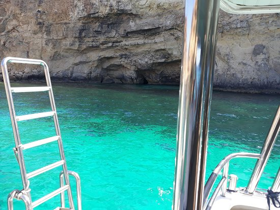 Crystal Lagoon - Picture of Bluewaves Watersports, Mellieha