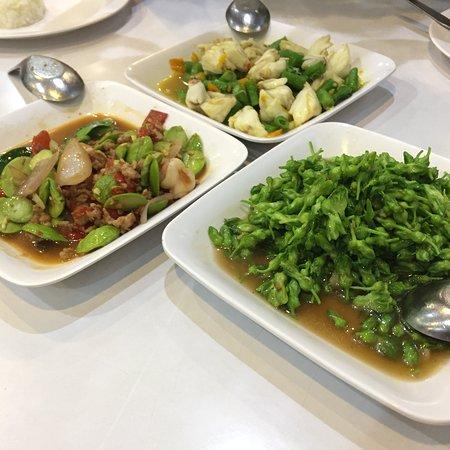 Krua Apsorn : Great Thai food