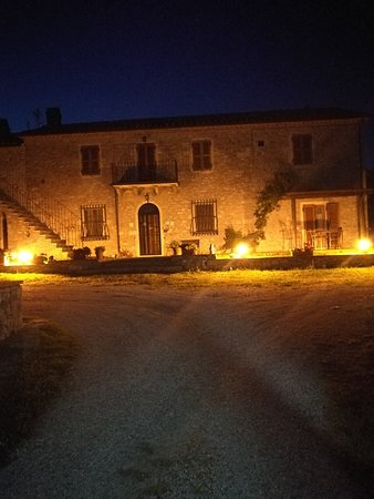 Semproniano, Italia: IMG_20180609_214331_large.jpg
