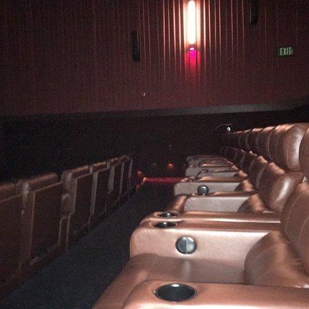 Cinemark Altoona and XD