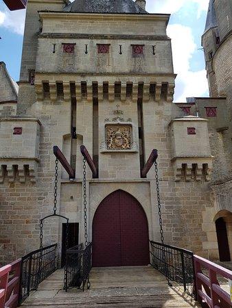 Chateau de La Rochepot ภาพถ่าย