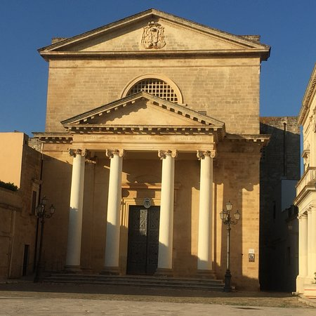 Удженто, Италия: Cattedrale di Santa Maria Assunta