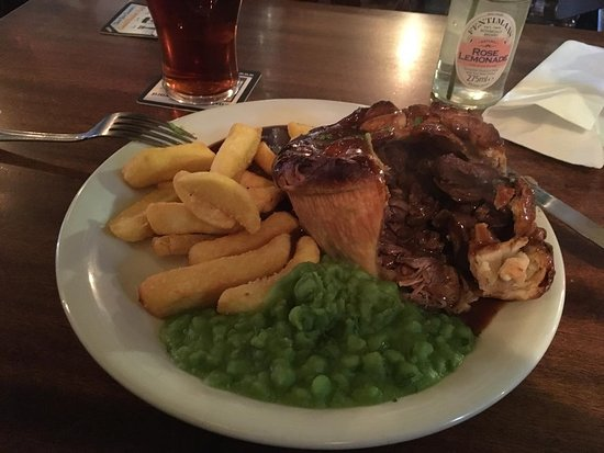 Youlgreave, UK: Game pie
