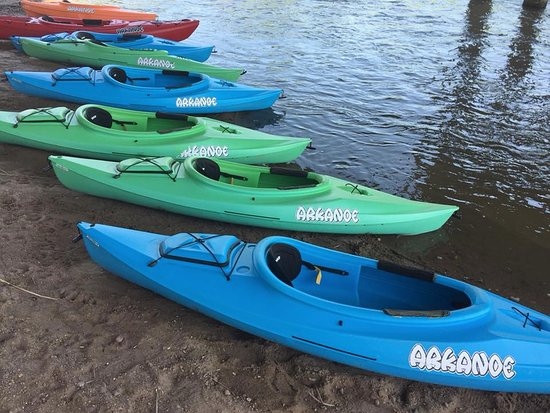 Arkanoe, LLC is Hutchinson's only kayak, canoe and tube rental service on the Arkansas River.