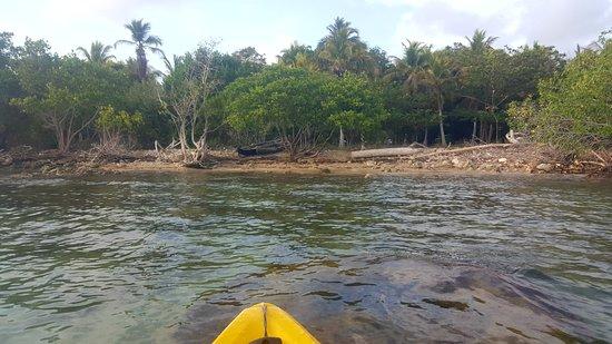 Isla Fuerte, Colombia: kayaking along the island