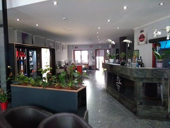 Slina Hotel : Entrada