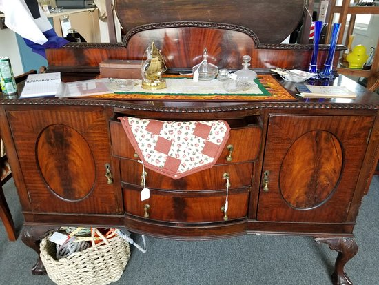 Seaside Crafts, Antiques & Collectibles: A small selection of fine antique  furniture - A Small Selection Of Fine Antique Furniture - Picture Of Seaside