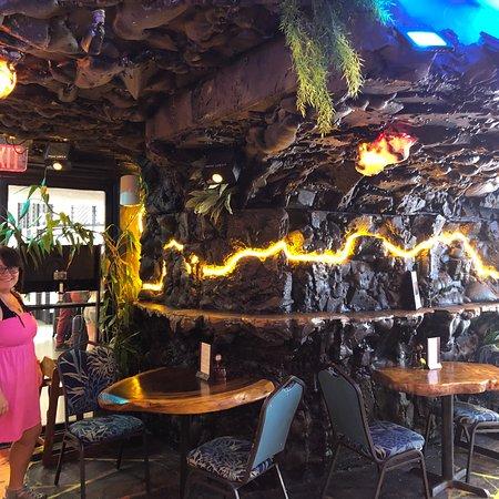 Lava Tube Waikiki