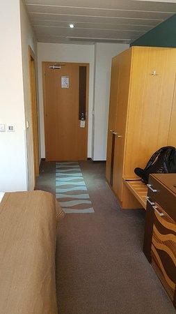 Hotel Danubia Gate Bratislava: 20180607_201013_large.jpg