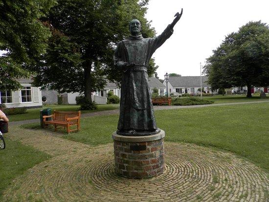 """Statue """"de Schiere Monnik"""""""
