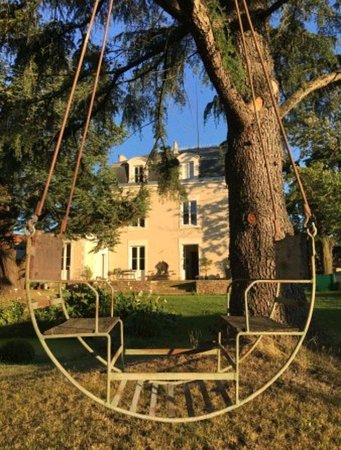 Montaigu, France: Très belle auberge !