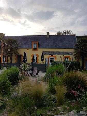 Plomeur, Pháp: TA_IMG_20180610_210221_large.jpg