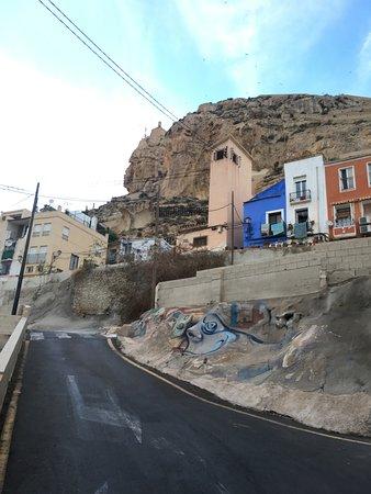 barrio santa cruz las bonitas calles