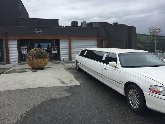 Penticton, Canada: Limo at Liquidity