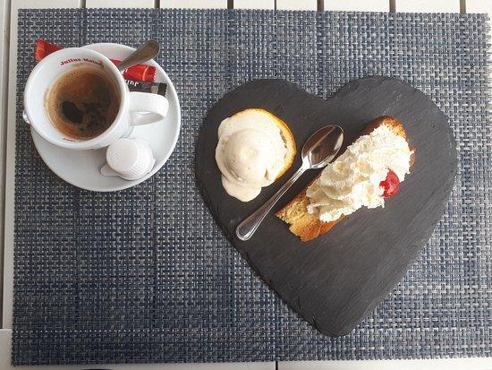 Giurgiu, Romania: enjoying the dessert