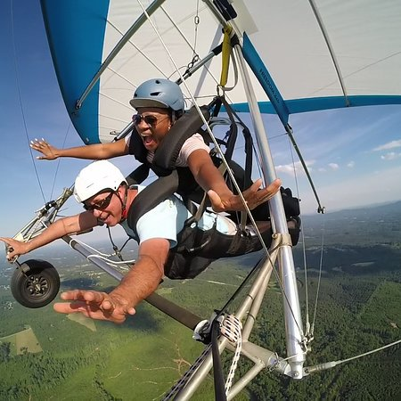 Lenoir, Carolina del Norte: Hang Gliding Tandem Flights are awesome fun with breathtaking views.