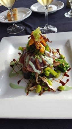 Waterfront Restaurant: Ahi Tuna