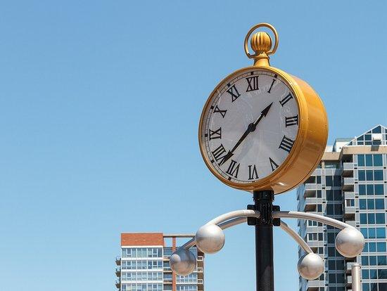 ByWard Market: clock