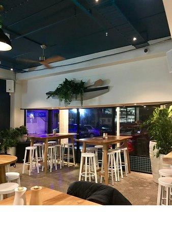 Shoreward Bar & Kitchen: Bar stools