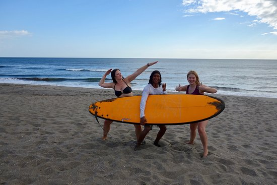 Poneloya, Nicarágua: Surfing with Jorge- the best teacher ever!!