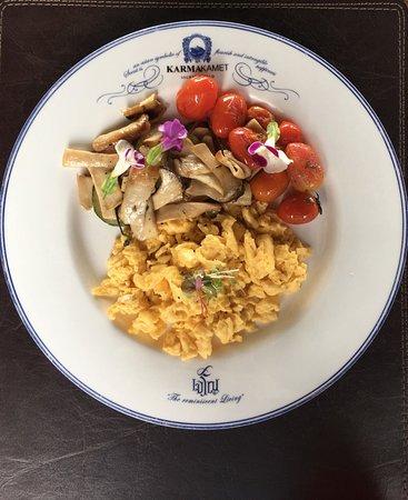 Le Jaroen Restaurant Koh Samui: Breakfast made for my liking!