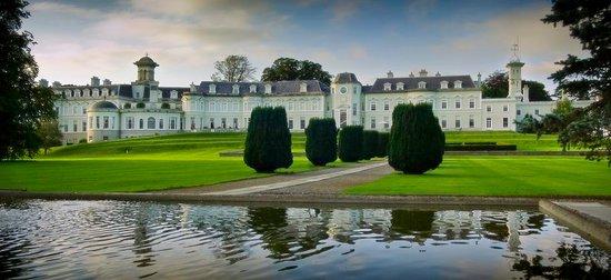 Straffan, Irlanda: Exterior