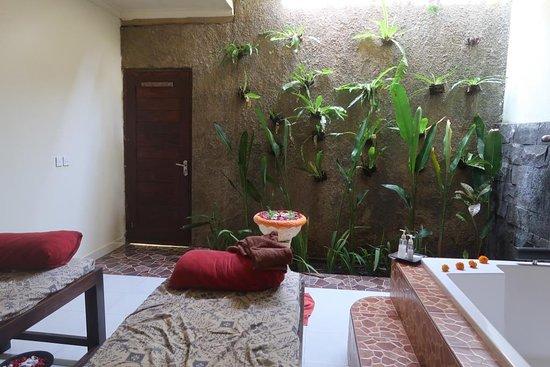 Putri Bali Spa: Room