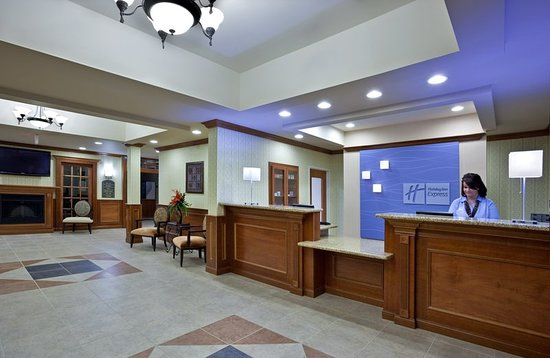 Tipp City, OH: Lobby