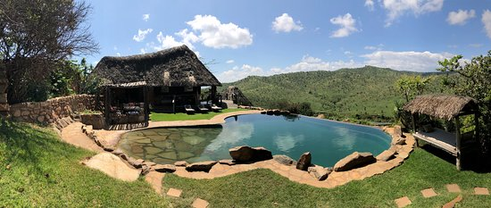 Laikipia County, Kenya: The pool area and lounge was lovely and relaxing. View is everywhere.