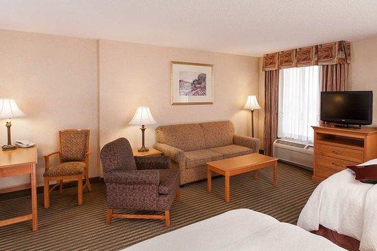 Addison, IL: Suite