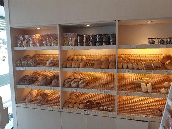 Love Bread Cha-am: 20180608_094035_large.jpg