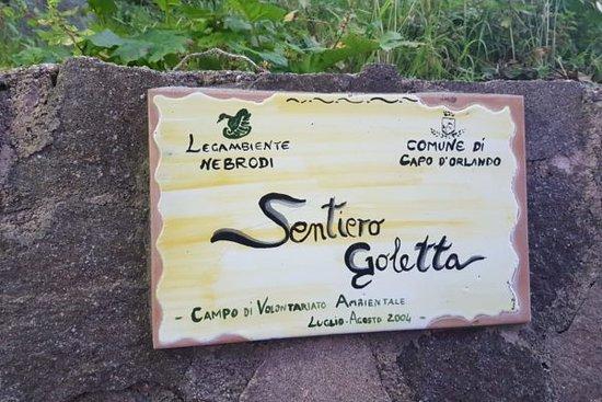 Capo d'Orlando, Itálie: Un sentiero affascinante per chi ama la natura, percorribile solamente a piedi. 1.2km.