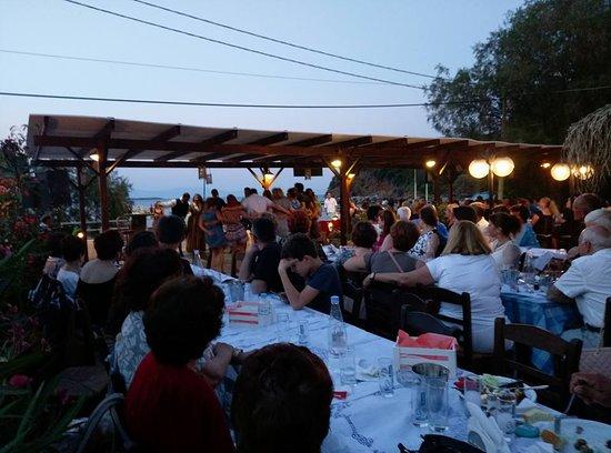 Agia Paraskevi, Grecja: amfitriti