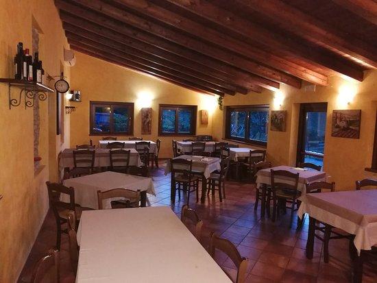 Montabone, Italy: San Bastian