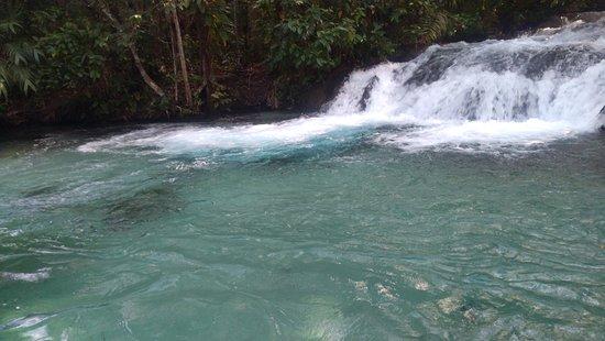 Cerrado Rupestre: cachoeira rio formiga
