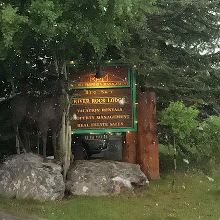 River Rock Lodge: photo1.jpg