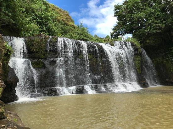 タロフォフォの滝公園