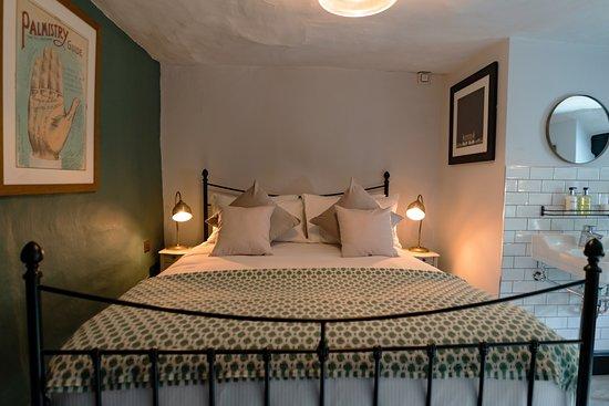 The Bull Inn: Comfy Room