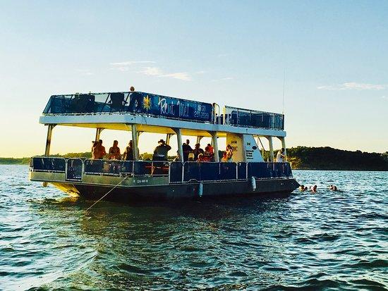 deluxe party boat picture of sam s dock grapevine tripadvisor rh tripadvisor com