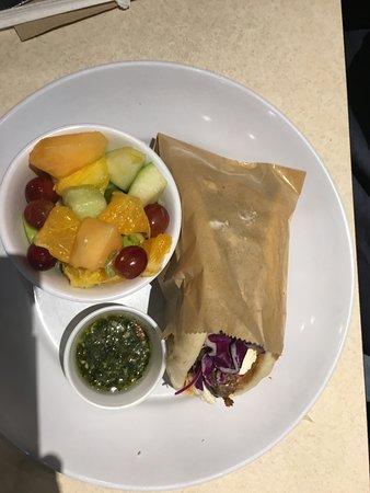 Greek Salad Picture Of Zoes Kitchen Gainesville