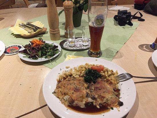 Hopferau, Германия: Hausherrenschnitzel (Delicious)