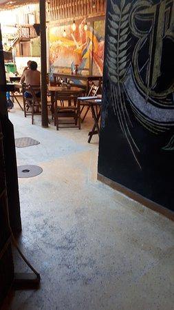 Biergarten Hostel: Bar / Desayuno hotel