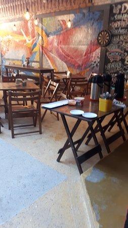 Biergarten Hostel: Desayuno