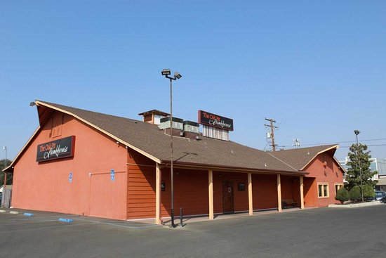 Porterville, CA: Building