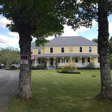 The Whitman Inn: photo0.jpg