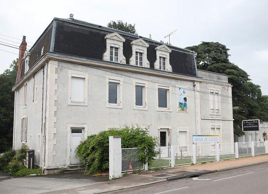 Musée de l'Ecole en Chalonnais