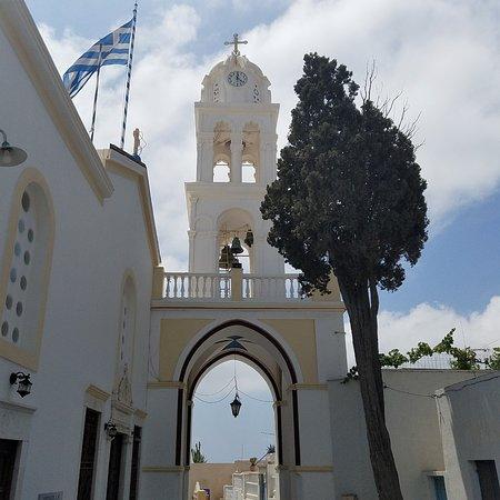 Megalochori - Traditional Village: Beautiful church