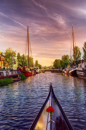 Venetian Gondola Tours Leeuwarden : beautifull city of Leeuwarden with sunset