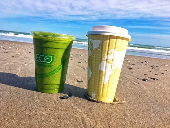 Ventnor City, NJ: Coffee and juice to go on the beach!