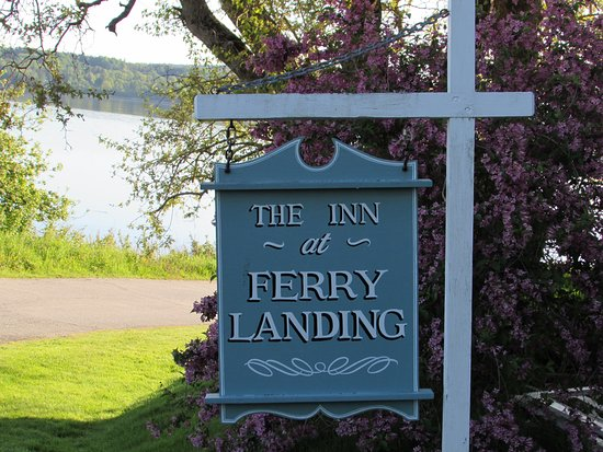 The Inn at Ferry Landing : In front of the B&B with ocean view in the background